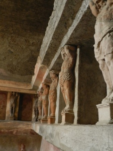 5 Reasons Why I Love Pompeii The Men's Locker Room in the baths at Pompeii