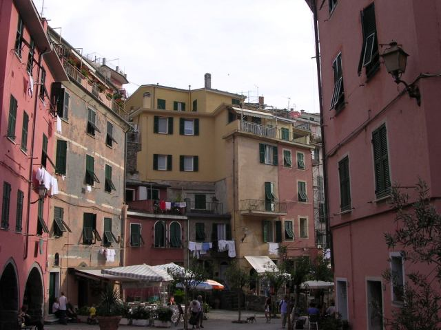 The main road of Vernazza leading up from the main/only piazza