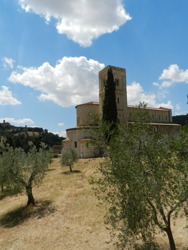 The Abbey of Sant'Antimo to hear the Gregorian Chants