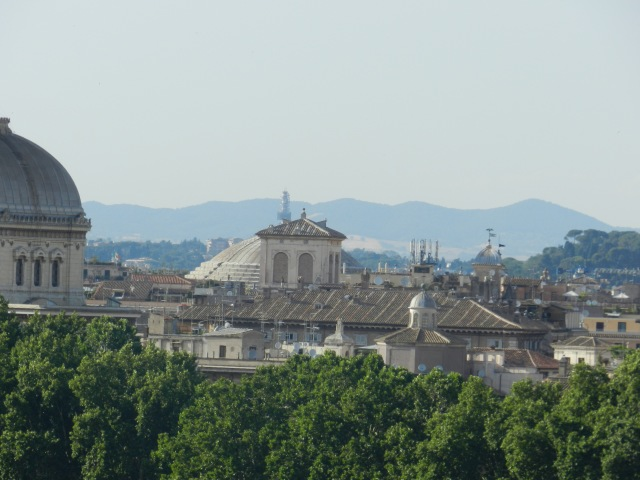 And of course a zoomed in view of my favorite building, The Pantheon