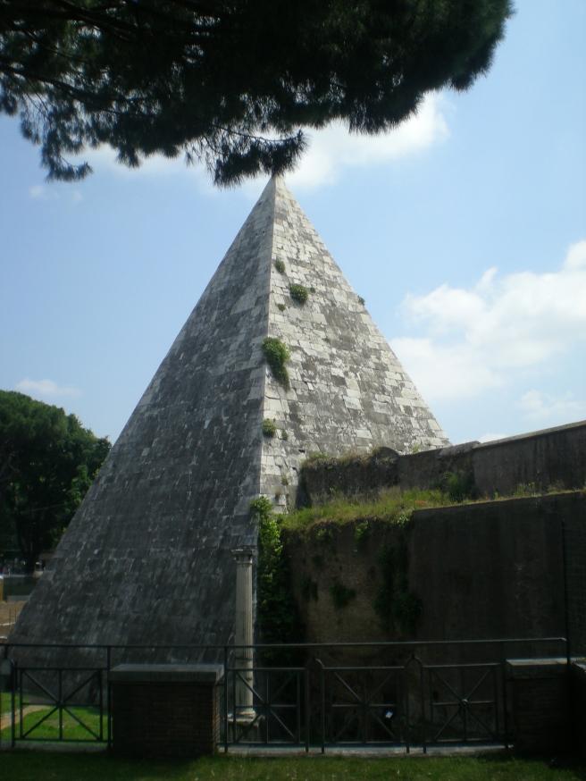 The Pyramid Tomb of Gaius Cestius