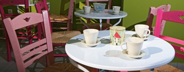 Frapes, Coffee and Tea at Little Big House