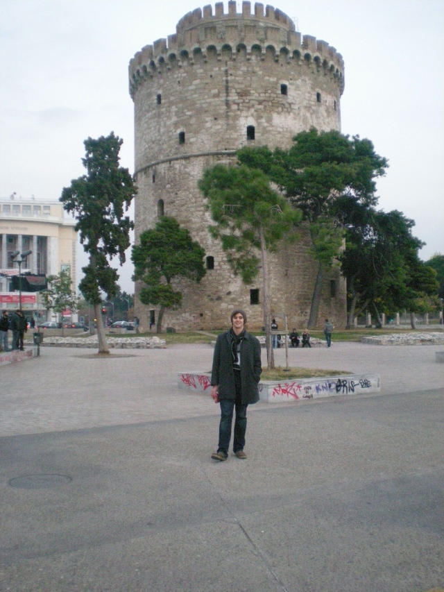 Alex and I went to see the White Tower in Thessaloniki and then spent our time in a cafe along the harbor drinking coffee.