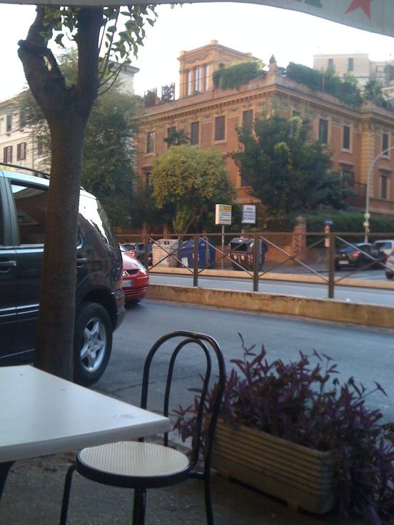 The tram stop in Trastevere for Birra Fugio