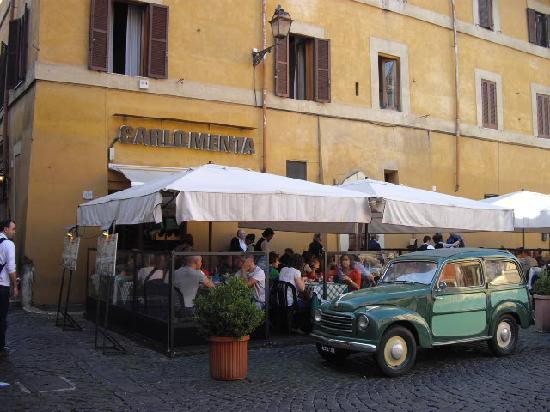 Carlo Menta is a traditional Trastevere neighborhood restaurant. Photo courtesy of Trip Advisor