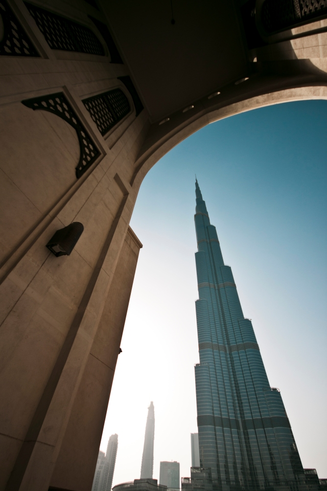 The tallest building in the world as seen from the Souk al Bahar.