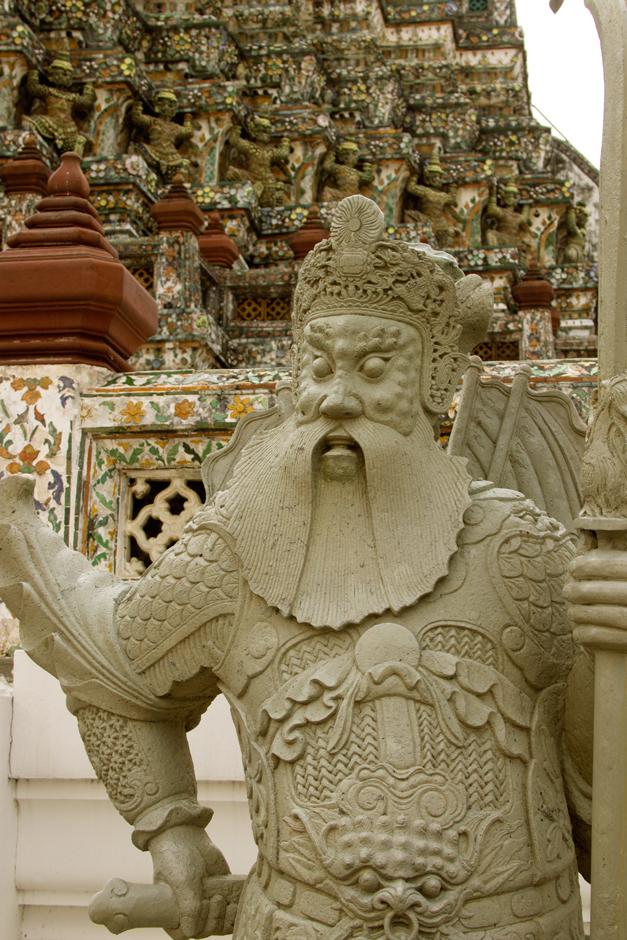 Details of Wat Arun